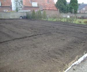 Grondwerken Geenen - Grondwerken -  Infrezen Van Compost